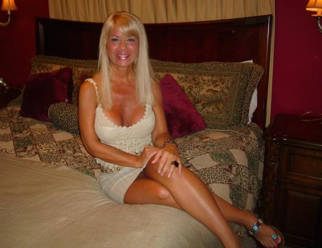 Jolie cougar sexy cherche une rencontre réelle