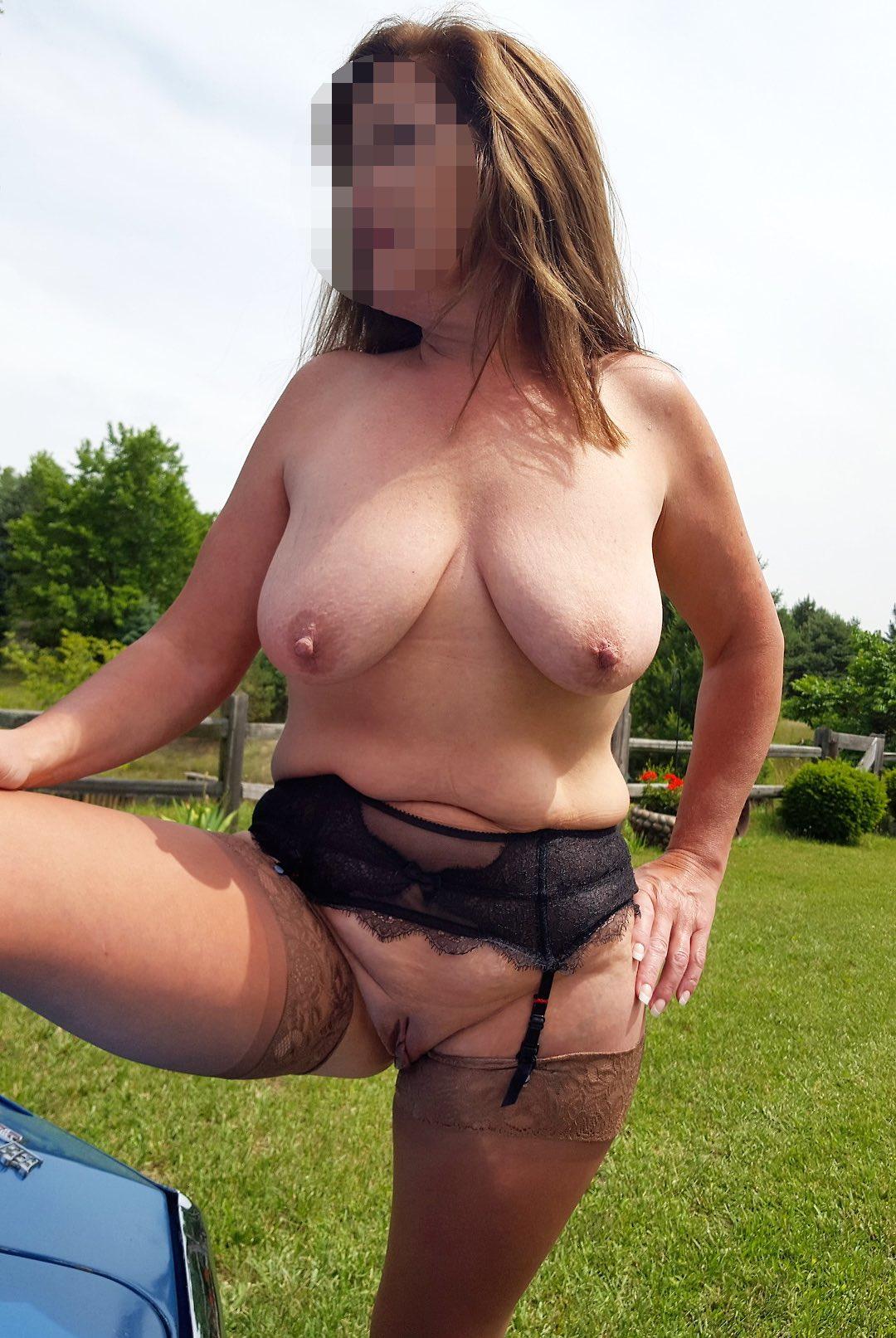 Rencontre coqune avec une grosse femme mûre
